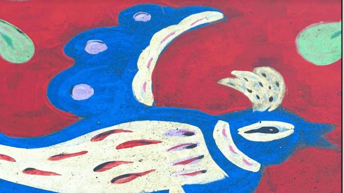 straattekening van duif in rood en blauw