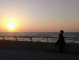 Rebbe met sunset
